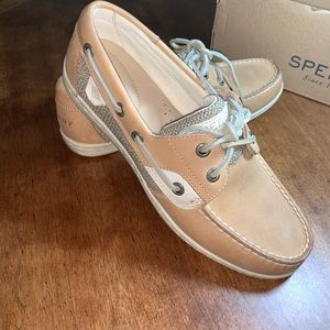 Sperry Shoes - LADIES SIZE 6.5 SPERRYS NEW